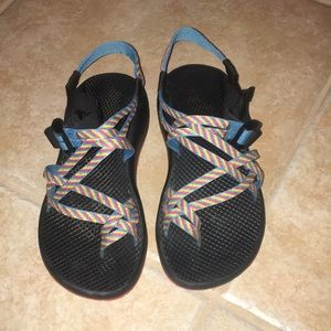 Fiesta Chacos Size 8